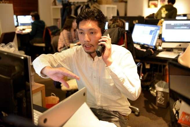 竹内紳也、働きます。