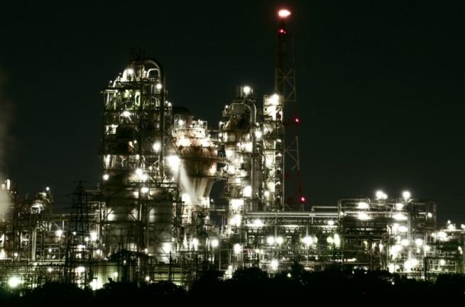 初めて見た工場夜景