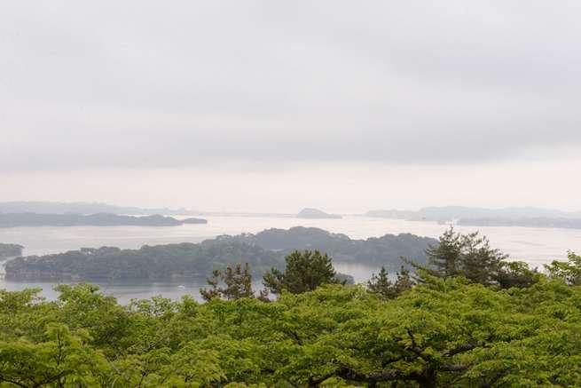 松島。あいにくのお天気でしたが、素晴らしい景色が広がっていました。