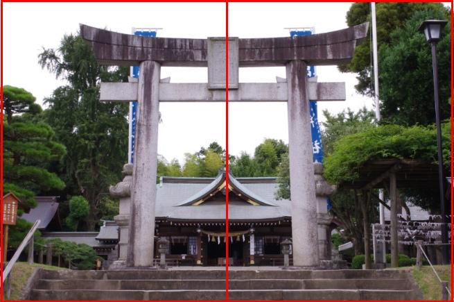 神社の鳥居を正面から写した写真を「二分割構図のイメージ」と重ね合わせて解説している画像