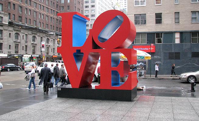 NY love彫刻