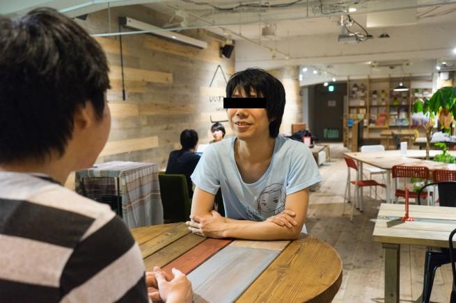 コンビニ店員Nさんが話している写真