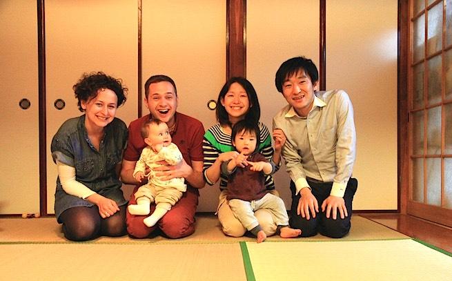 △ 『Airbnb』で世界中から家族を招いている梅村さんご夫妻
