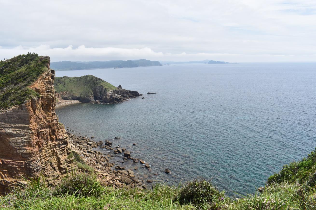 壱岐の辰の島から見た海の写真