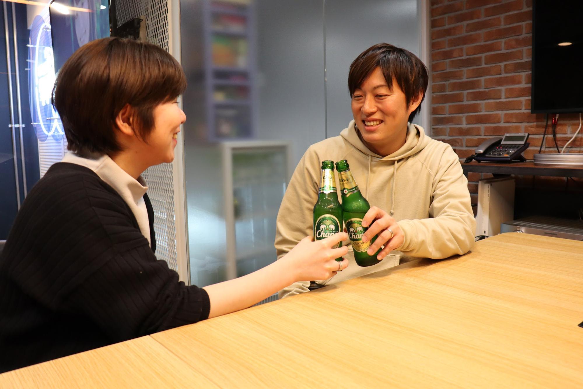 もりをと鶴目さんで乾杯!