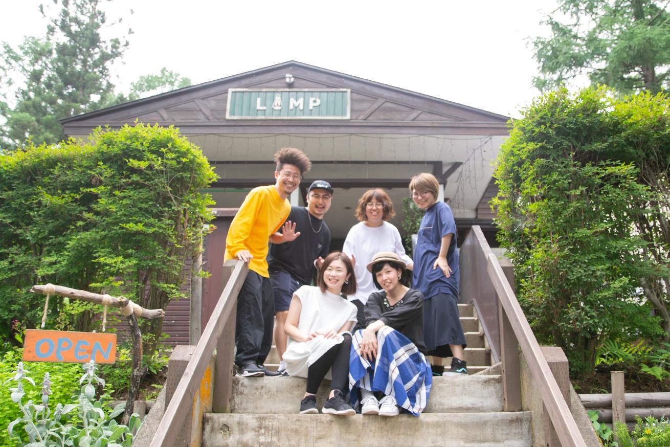 LAMP野尻湖でのチーム合宿の集合写真