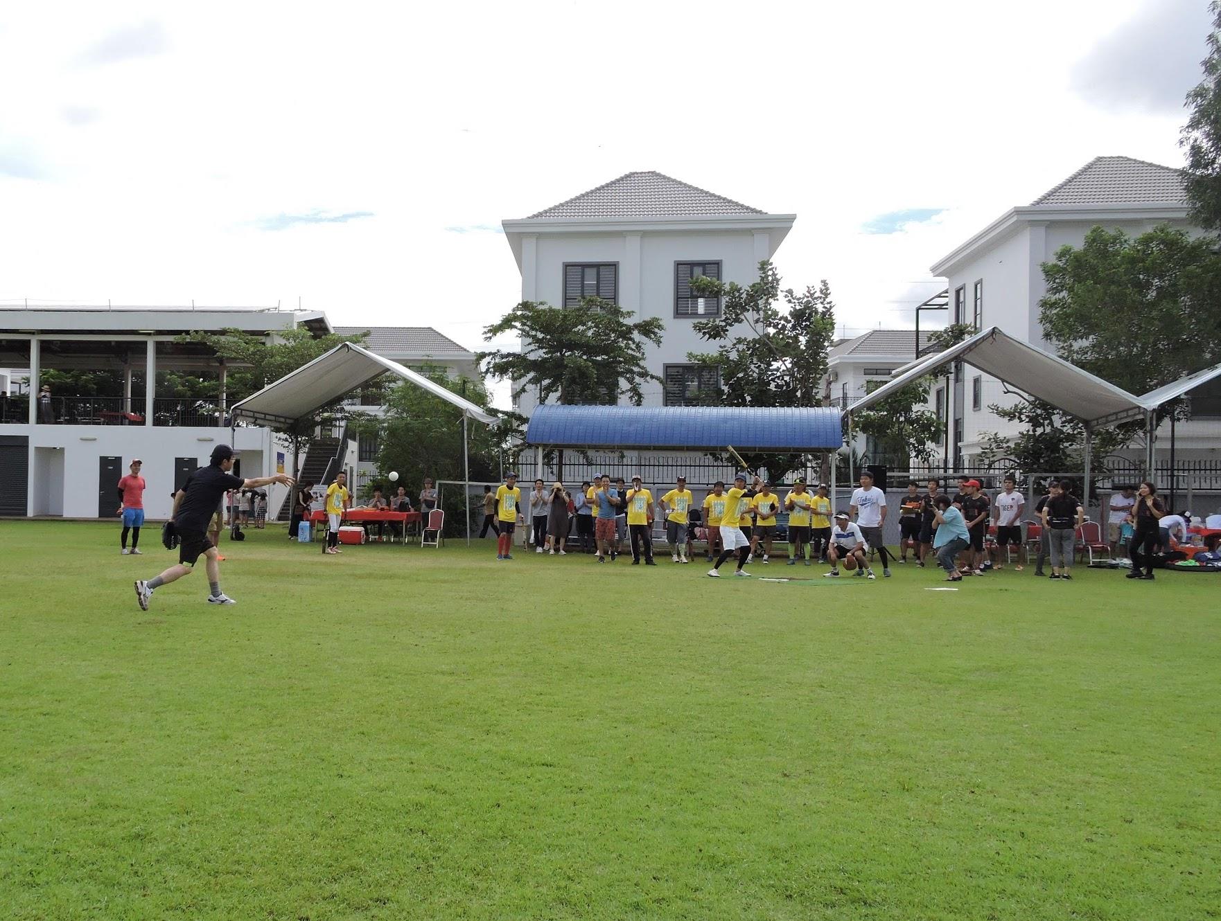 最近ですと、コミュニティ対抗戦のソフトボール大会がありました。200名以上の方が参加していました。