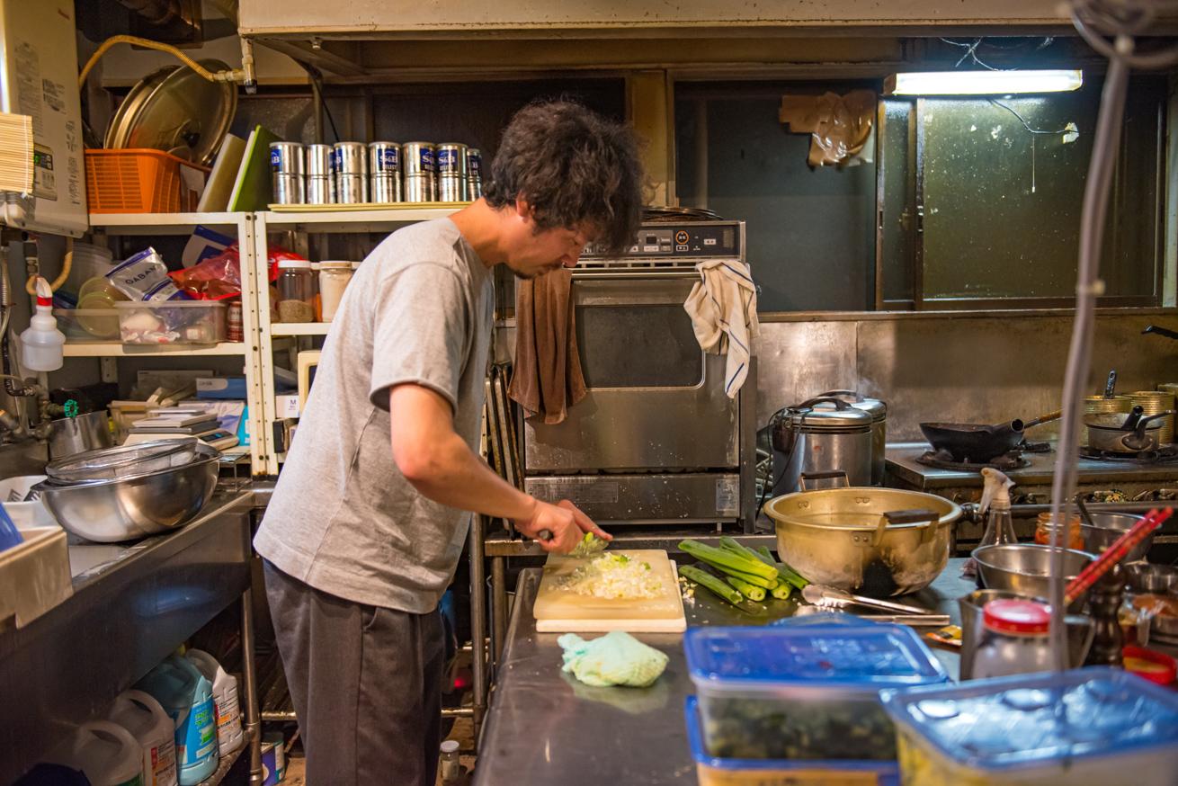 麻婆豆腐づくりの様子