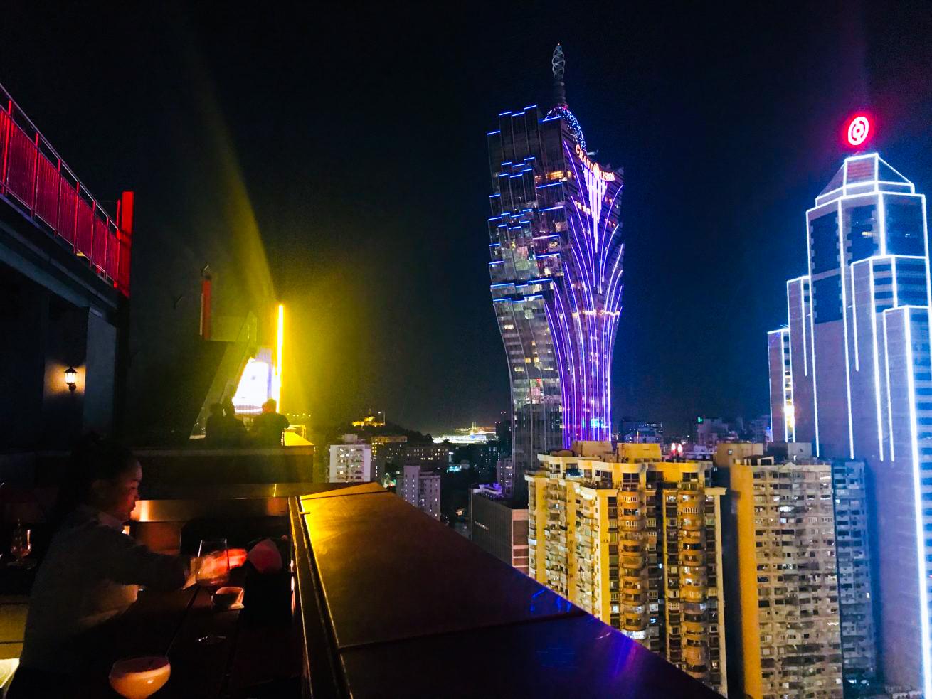 ホテル・グランドリスボアの夜景