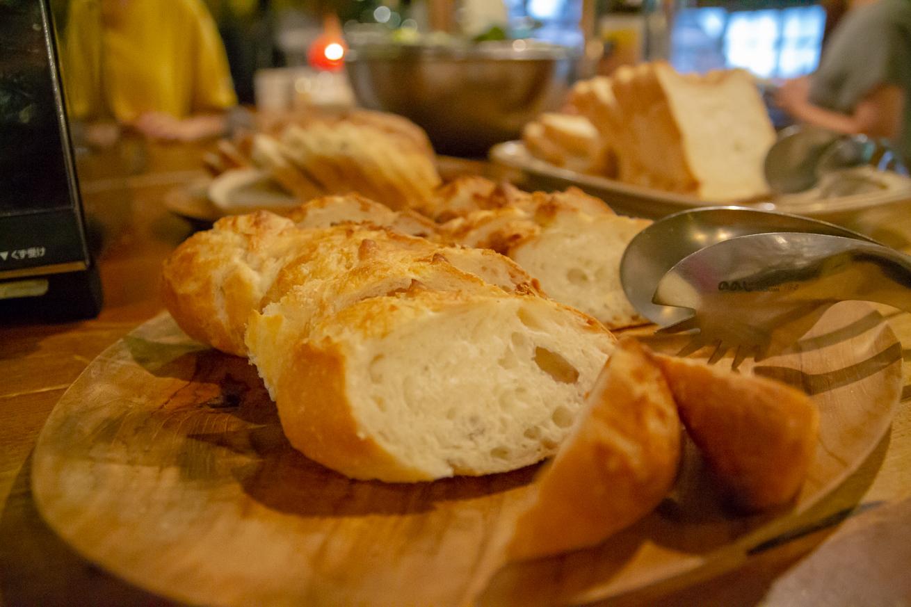 ふわっふわの焼き立てパン