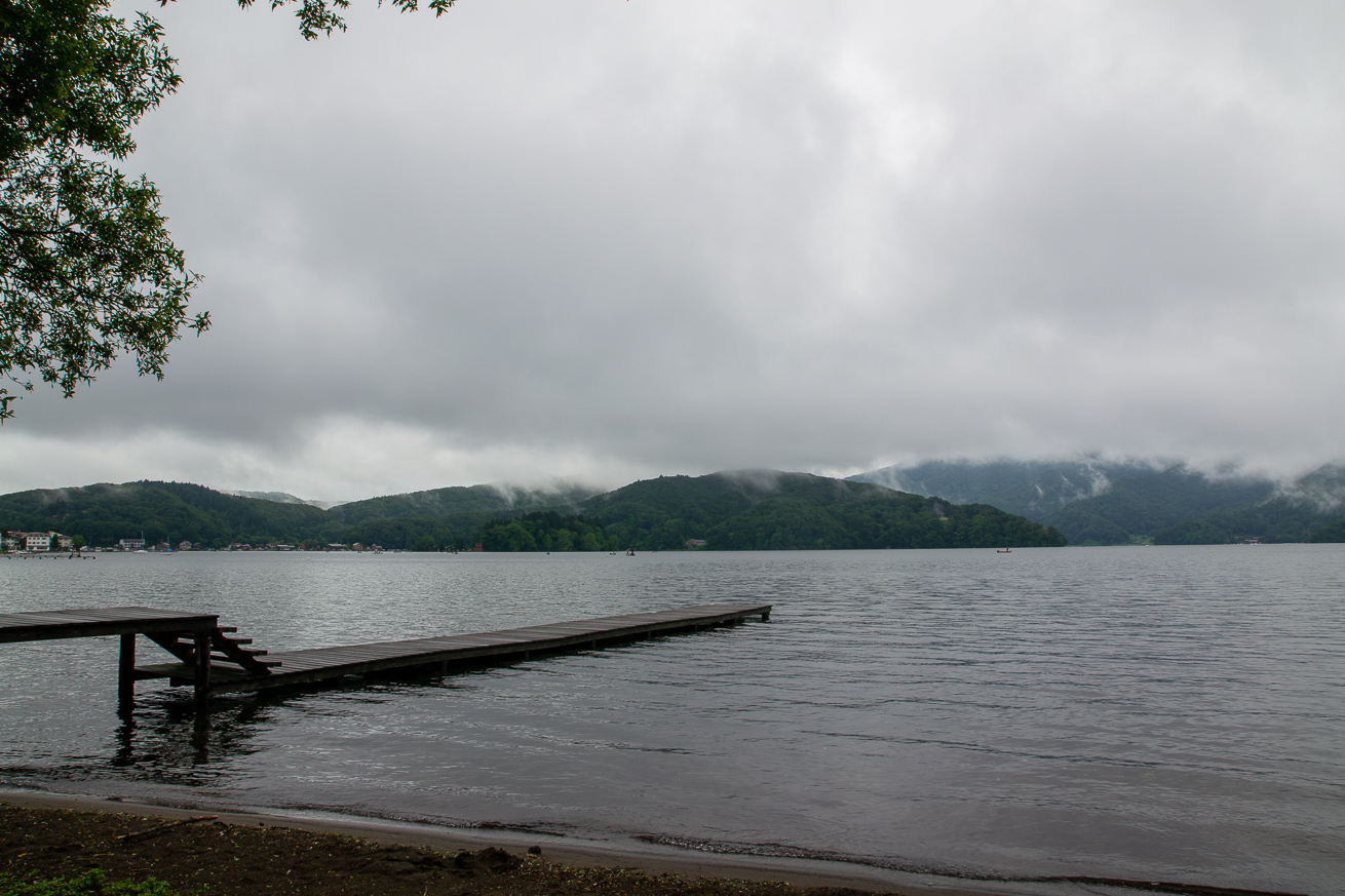 朝の野尻湖