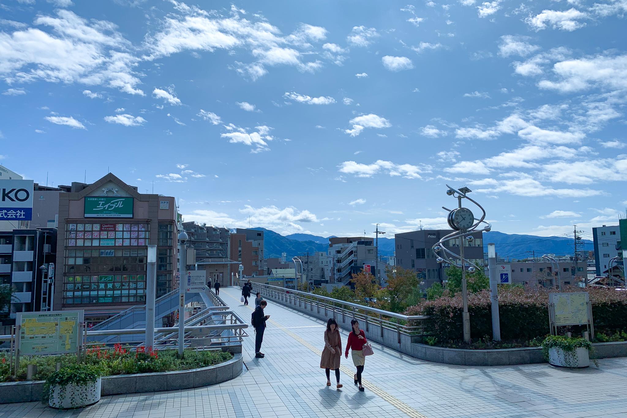 台風19号直撃から1週間後の長野駅前はすっかり晴れ