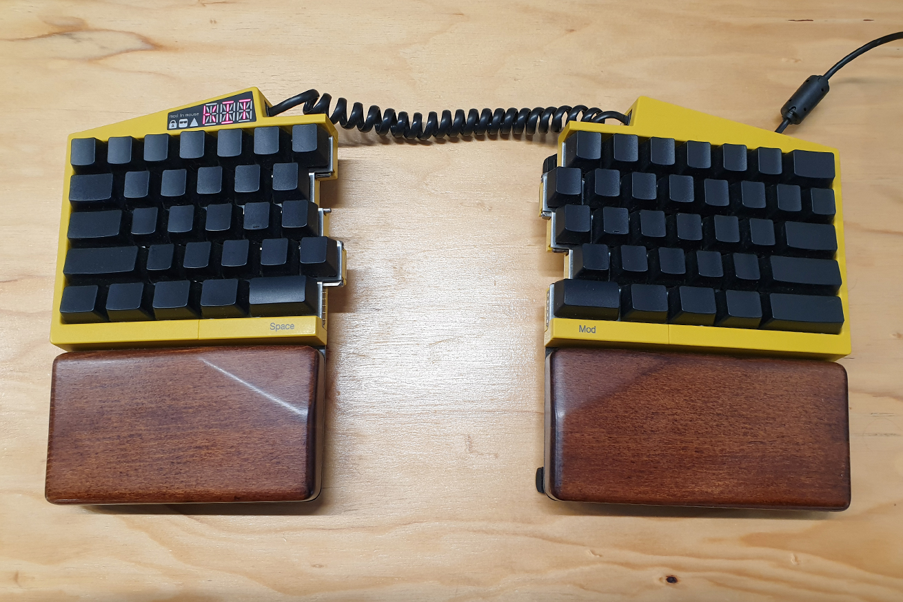 Ultimate Hacking Keyboard