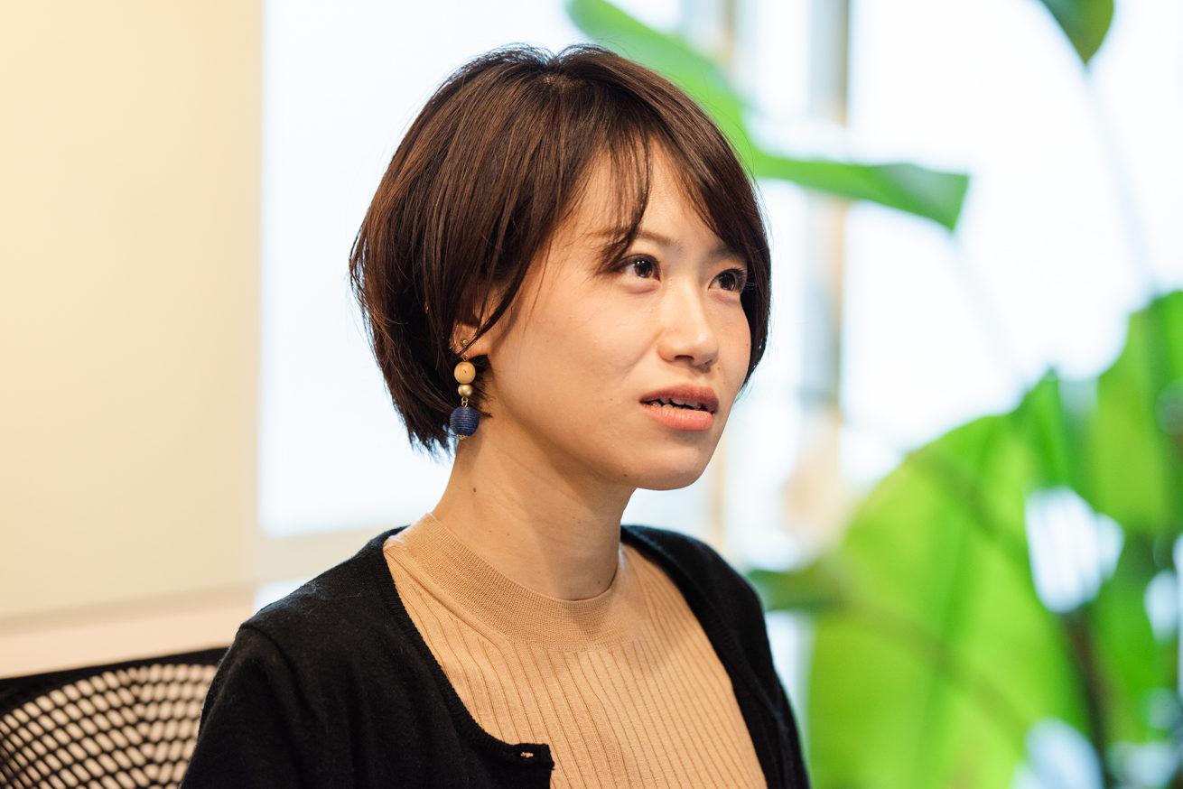 絶妙な表情をして断るLINE WORKS 篠田さん