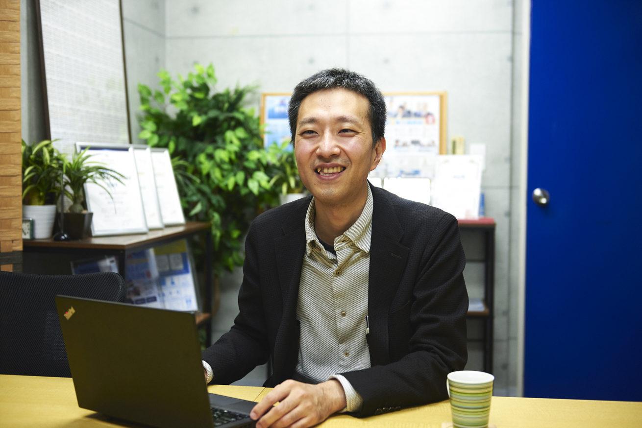 洲崎さんの笑顔カット