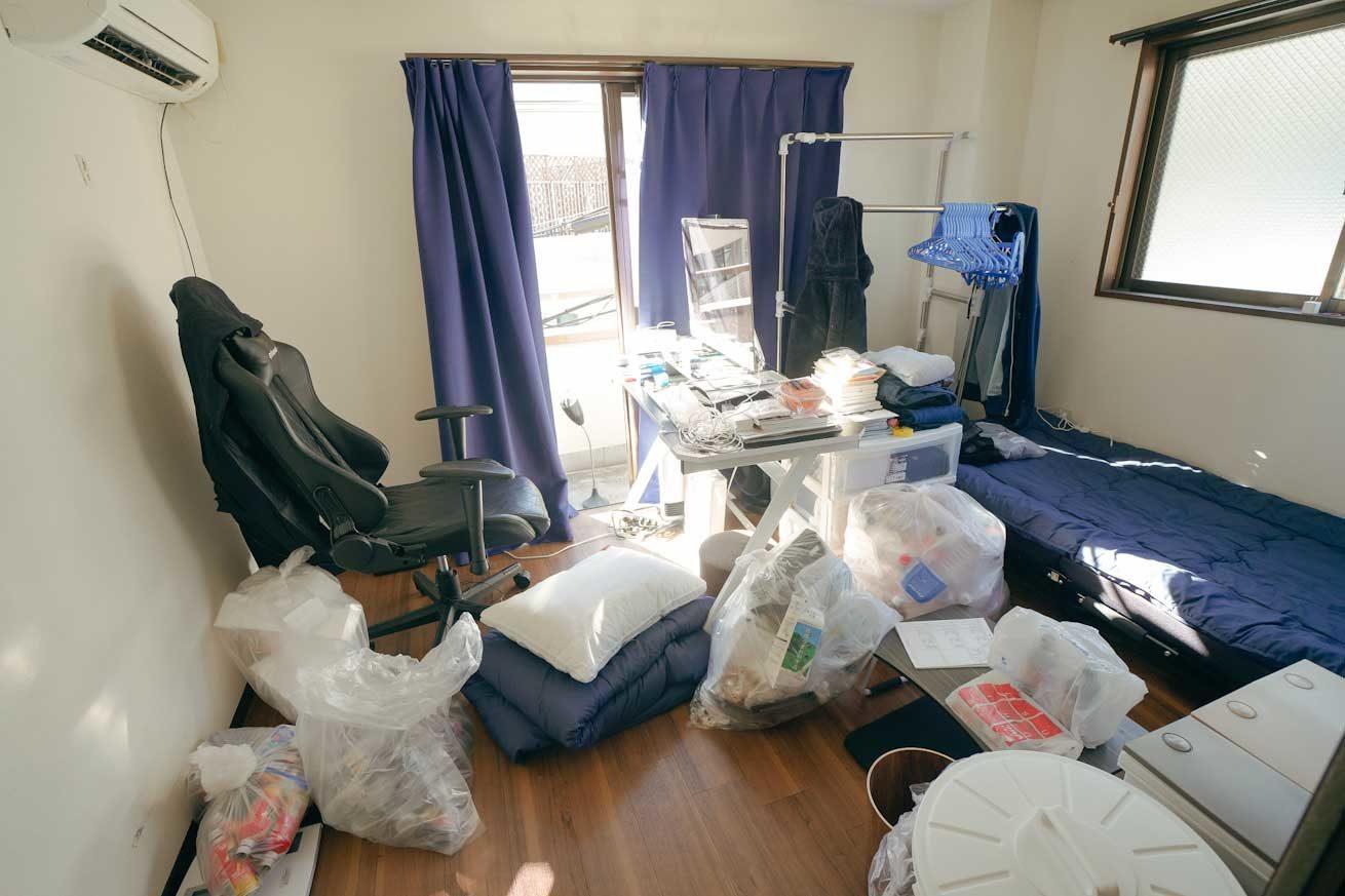 改造する前の汚いそめひこの部屋